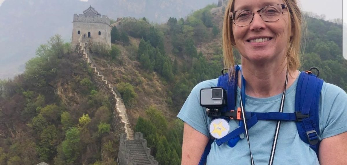 Lynne Rose Walks teh Great Wall of China